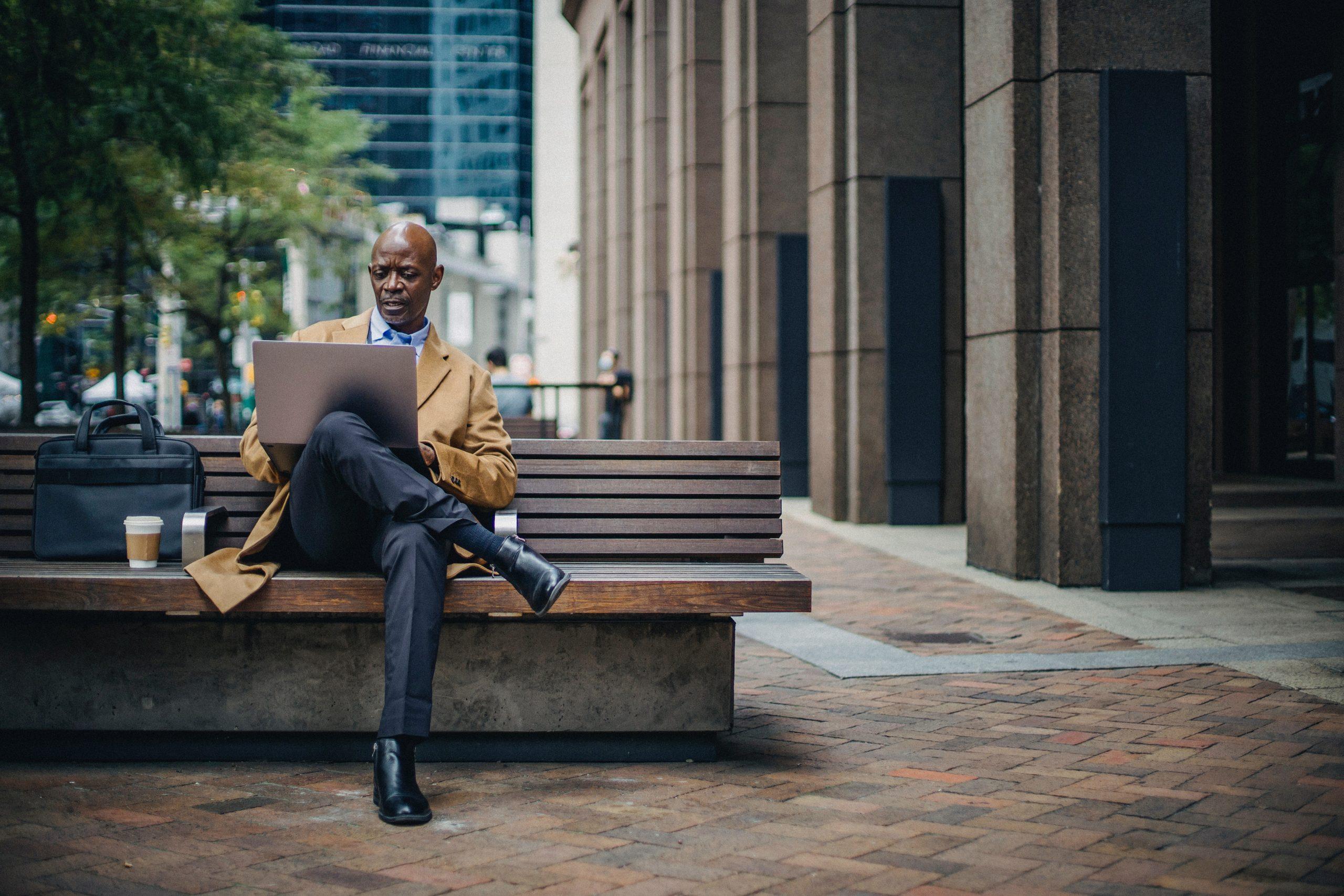 Devenir investisseur en bourse, 4 points indispensables pour réussir
